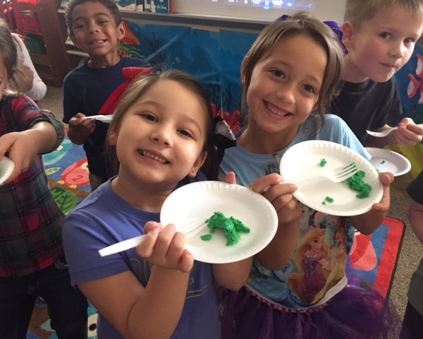 Students eat Green Eggs and Ham