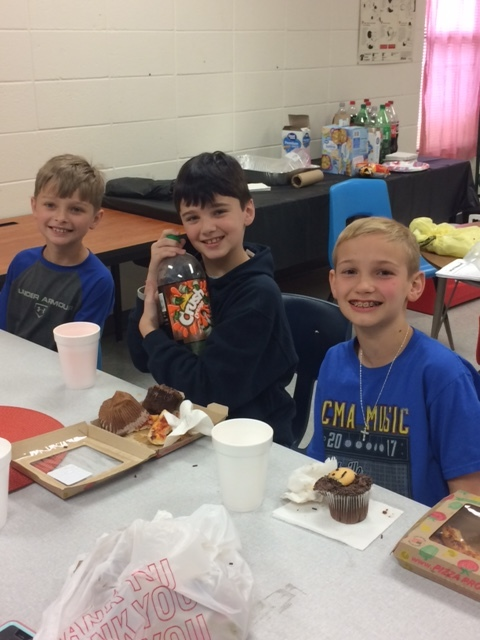 SES Students Smile with Reward