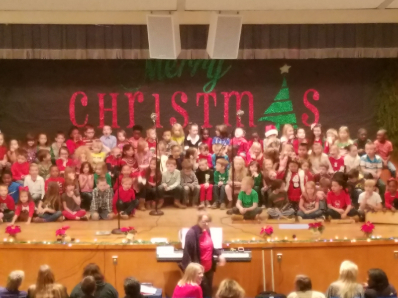 NES Students Sing for Christmas