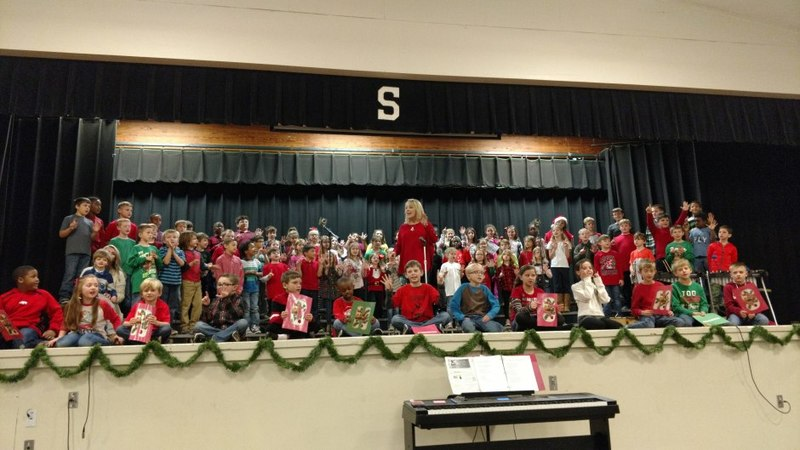 SES Students Perform Christmas Program