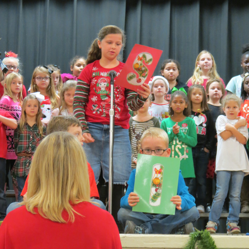 SES Students Perform for Parents