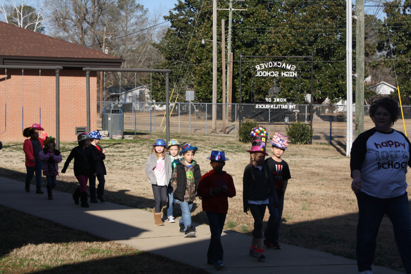 SES Students Tour SHS for 100 Days Celebration