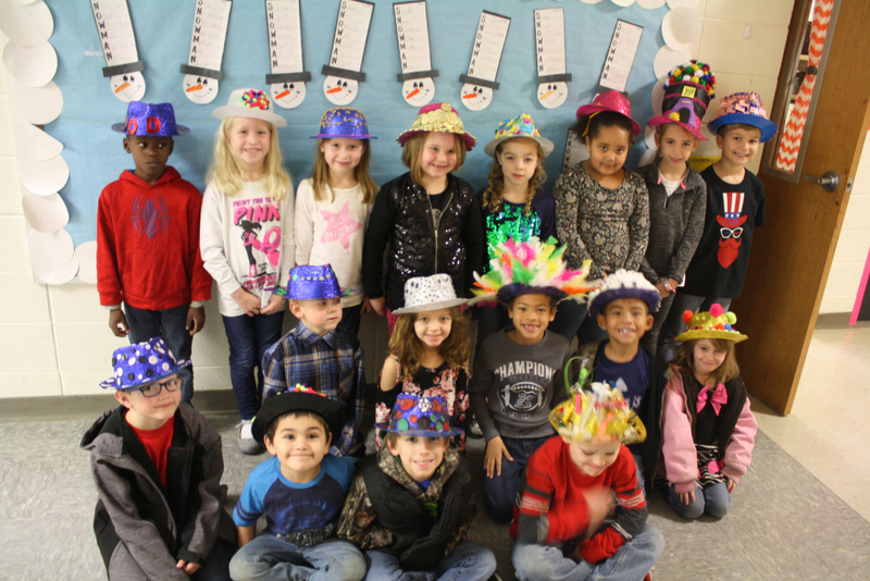 SES Students Celebrate 100 Days