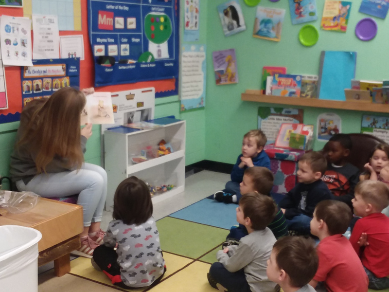 FFA Student Reads to PreK Students