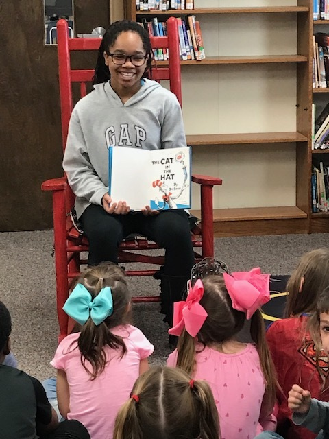 NMS Student Reads Dr. Seuss to NES Students