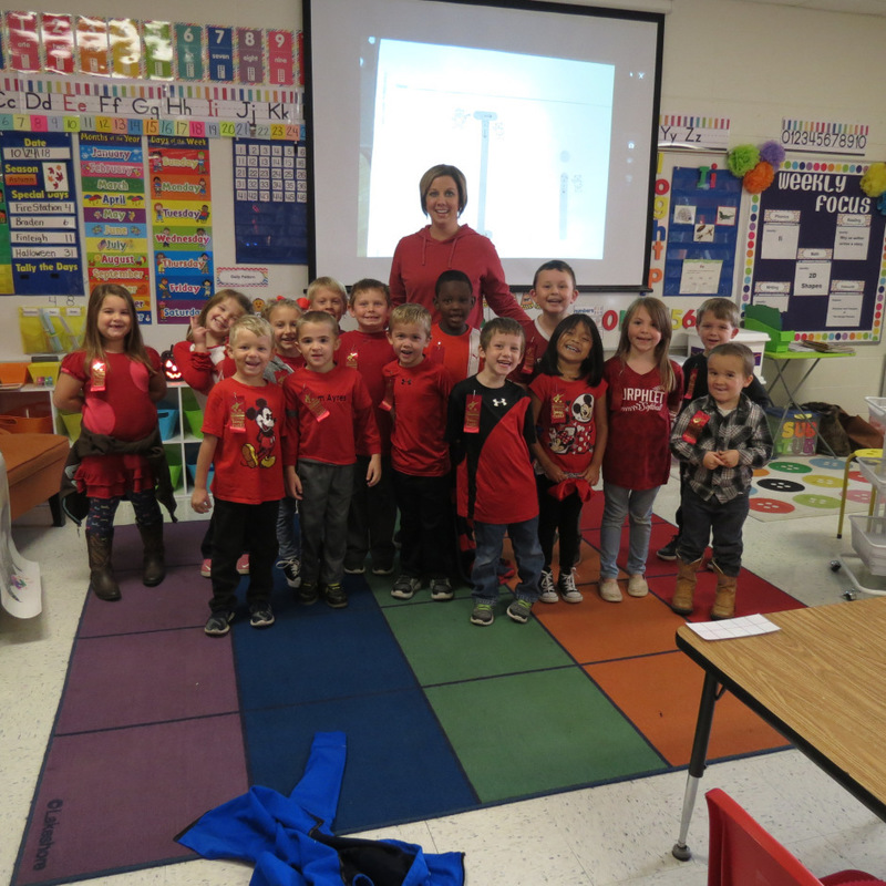 SES Students Celebrate Red  Ribbon Week