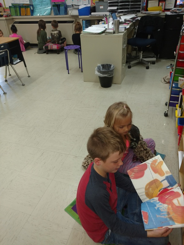 NES 3rd Graders Read to 1st Graders