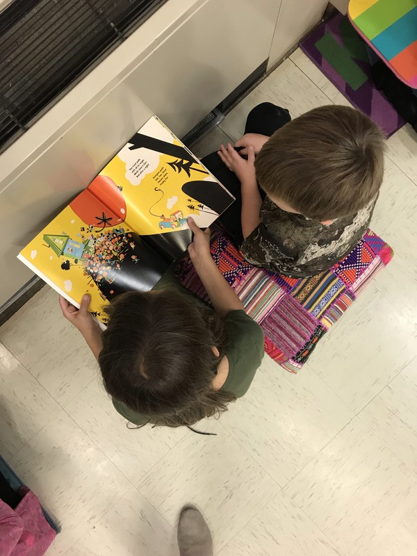 NES 4th Graders Read to Kindergarteners