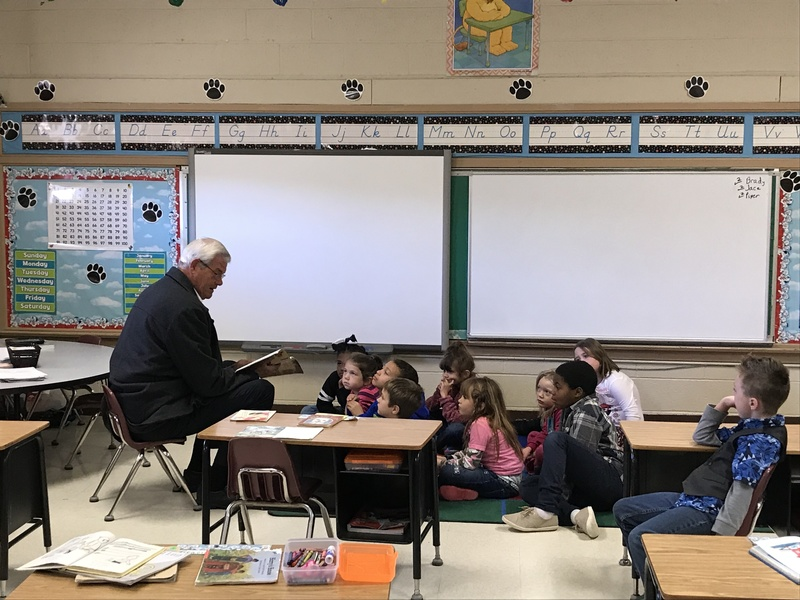 Mr. John Gross Reads to First Graders