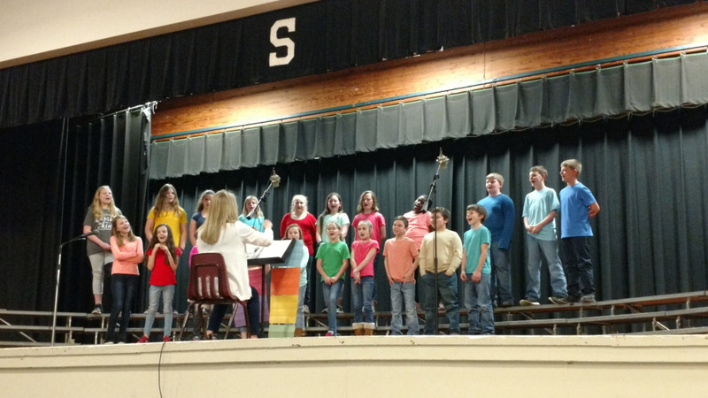 SES 4th Graders Sing