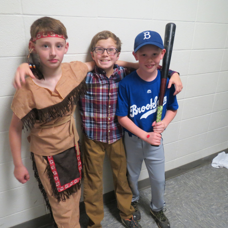 SES Students Dress for Wax Museum