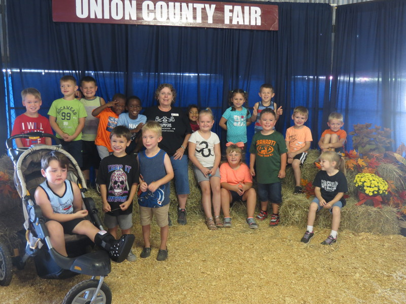 SES Kindergarten Students at Union County Fair pic 4