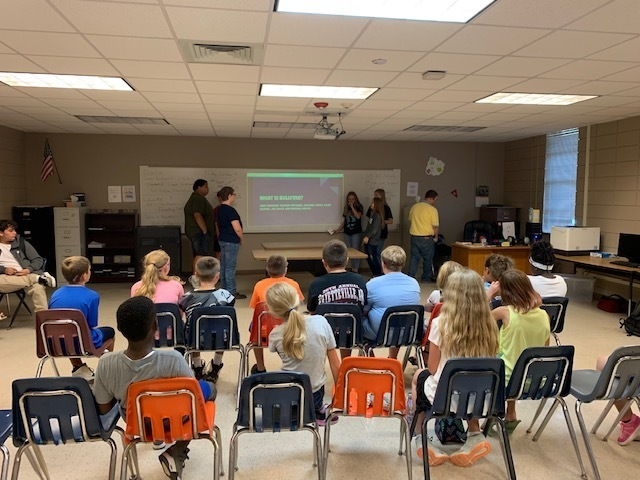 Group of 8th Graders doing a presentation on bullying in Front of a class of 5th graders Picture 3