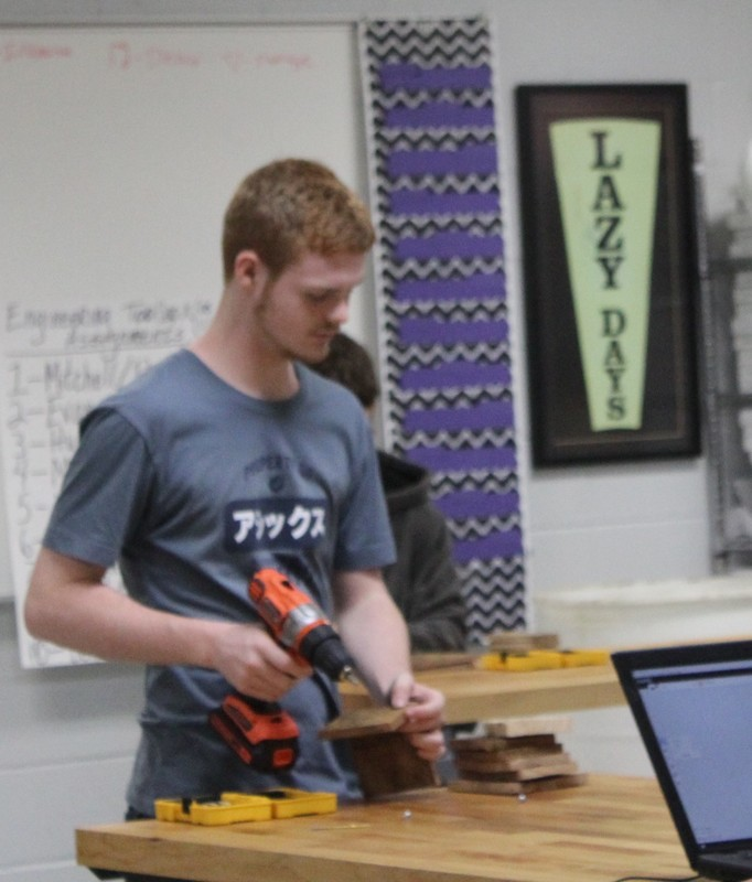 SHS Engineering Students Build Bird Houses